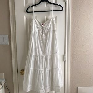 BCBGirls White Dress size Small